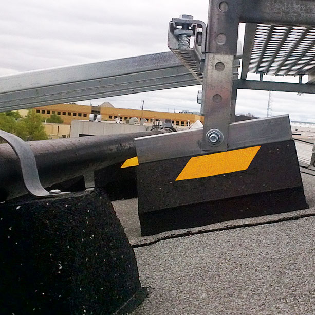 CS10 Roofwalk rubber supports